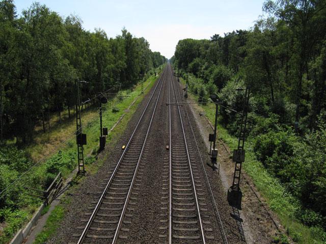 27.06.2010  Bahnlinie