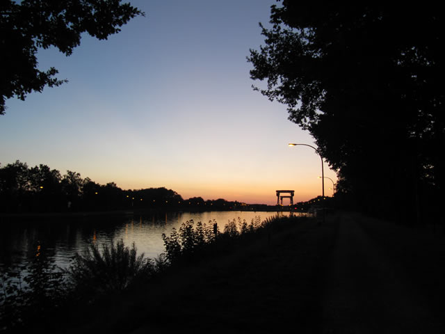 11.08.2012  Schleuse am Wesel-Datteln-Kanal