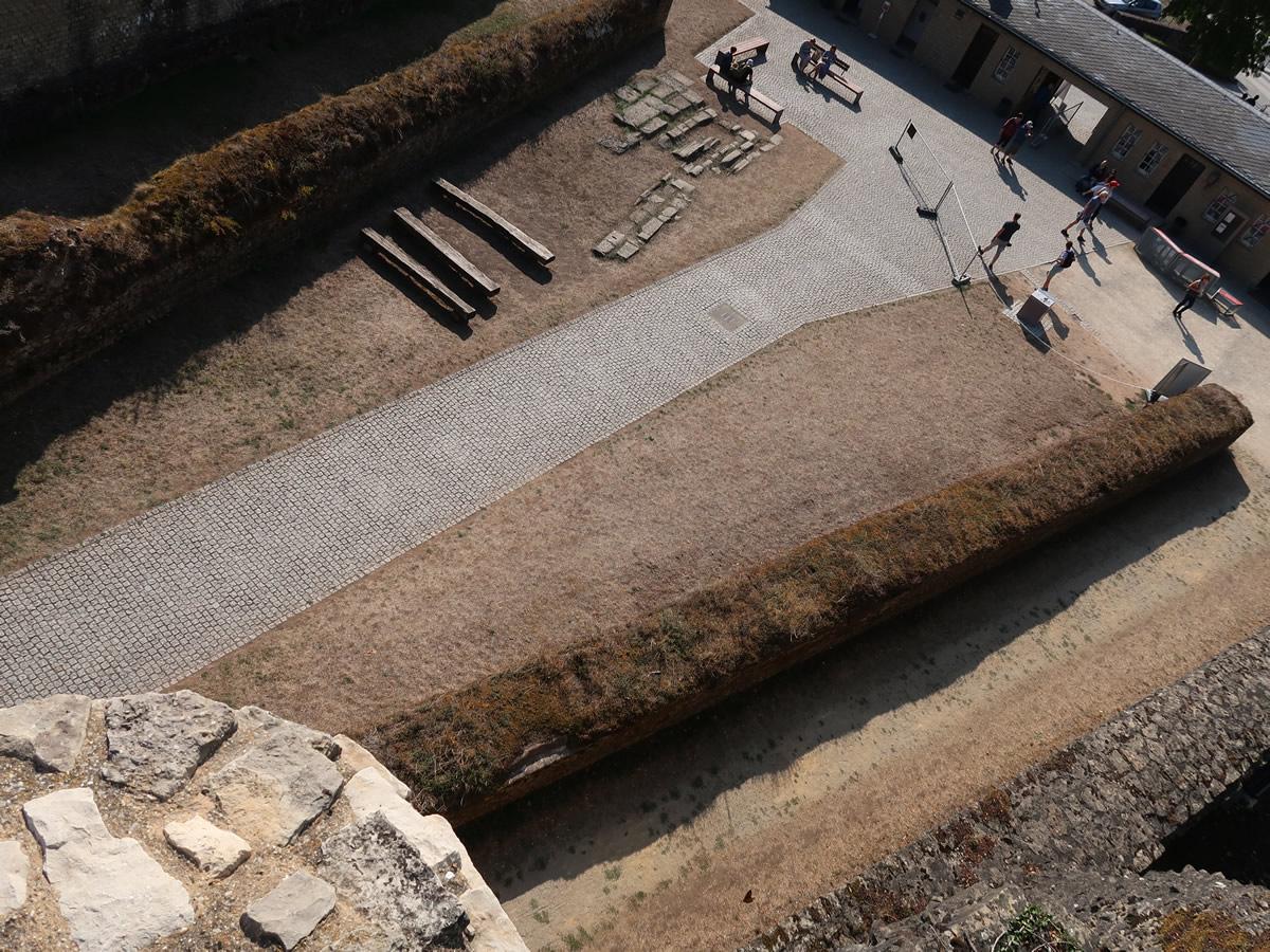 11.09.2020  Amphitheater