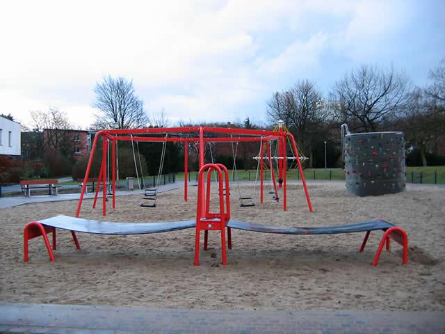 13.01.2005  Spielplatz