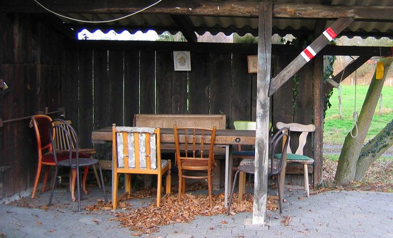 09.01.2005  Stühle
